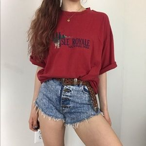 Vintage 90s Isle Royale Wolf Embroidered Baggy Tee